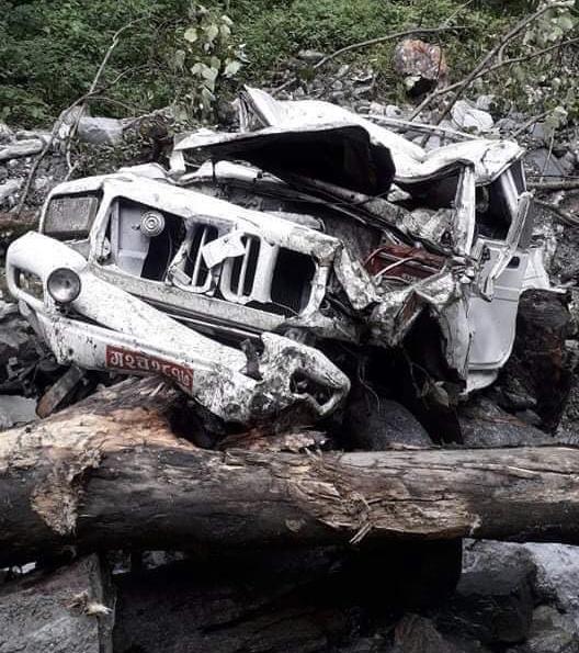घान्द्रुकमा जिप दुर्घटना, चालककाे निधन