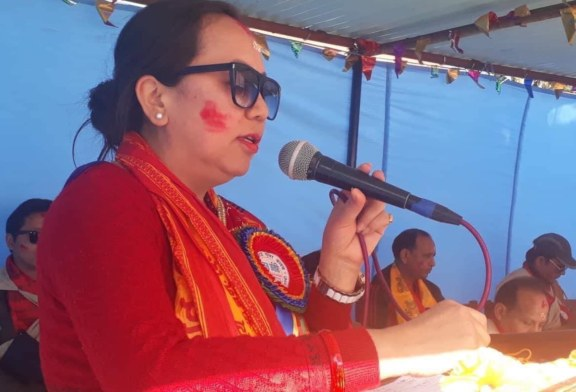 जनतालाई झुक्याउंदै सरकार यसरी चुक्याे :सरस्वती गुरुङ