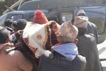 कांगेस नेता रामहरि खतिवडाको पहलमा हेलिकप्टरबाट सुत्केरी महिलाको उद्धार, सर्बत्र प्रशंसा